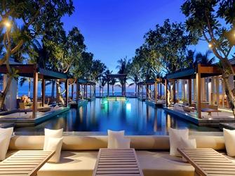 Sitini Pool Bar