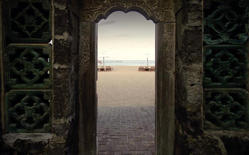 ビーチへと続くゲート【イメージ】