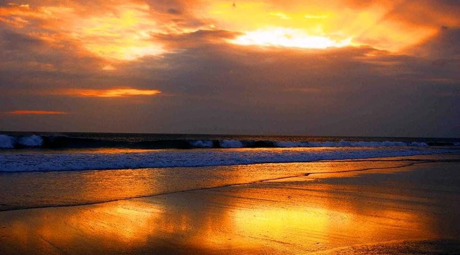ホテル前のビーチからのサンセットビュー【イメージ】
